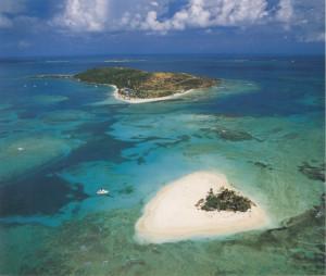 Palominos Island 01